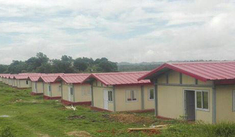 India hands over pre-fabricated houses to Myanmar_40.1