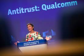 European Union fines chipmaker Qualcomm $271 million_40.1