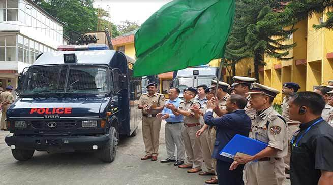 AP Home Minister flags off riot control vehicle 'Vajra'_40.1