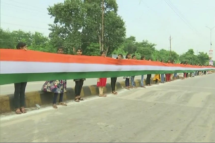 15-km long national flag unfurled in Raipur, Chattisgarh_40.1