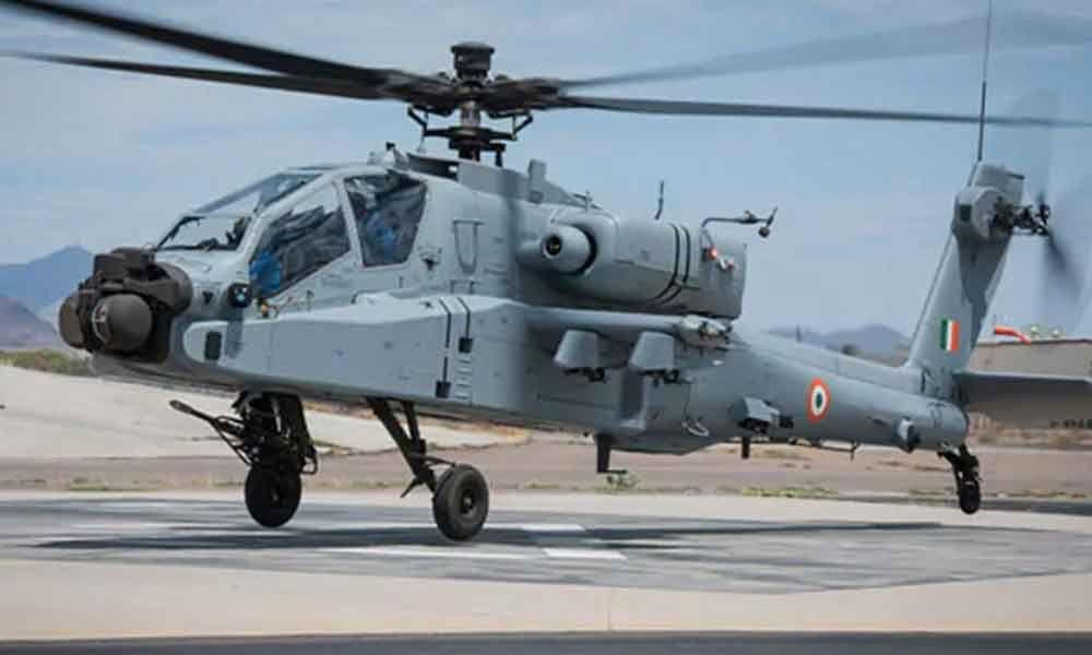 IAF inducts 8 Apache AH-64E attack helicopters_40.1
