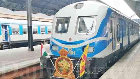 Sri Lanka flags off Pulathisi Express, a 'Make In India' train_40.1