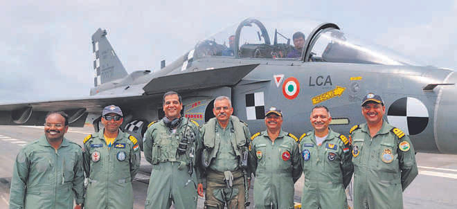 First-ever 'arrested landing' of Naval Tejas successfully executed_40.1