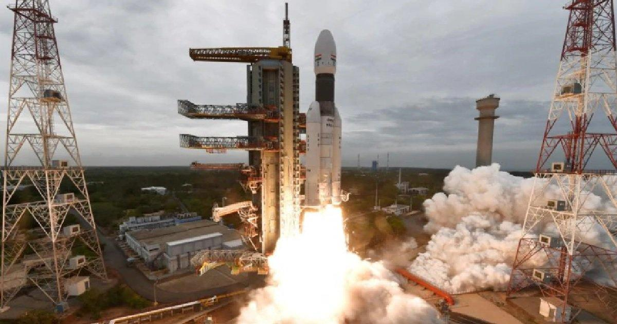 ISRO, DRDO sign MoUs to provide technologies for Human Space Mission_40.1