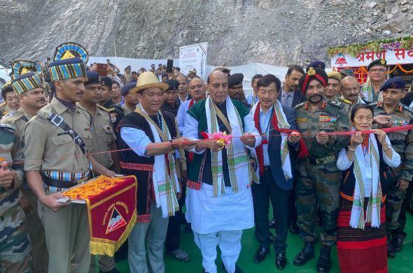 Defence Minister inaugurates Sisseri Bridge built by BRO_40.1