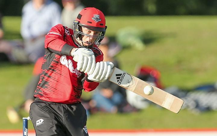 Leo Carter becomes 7th cricketer to hit six 6s in an over_40.1