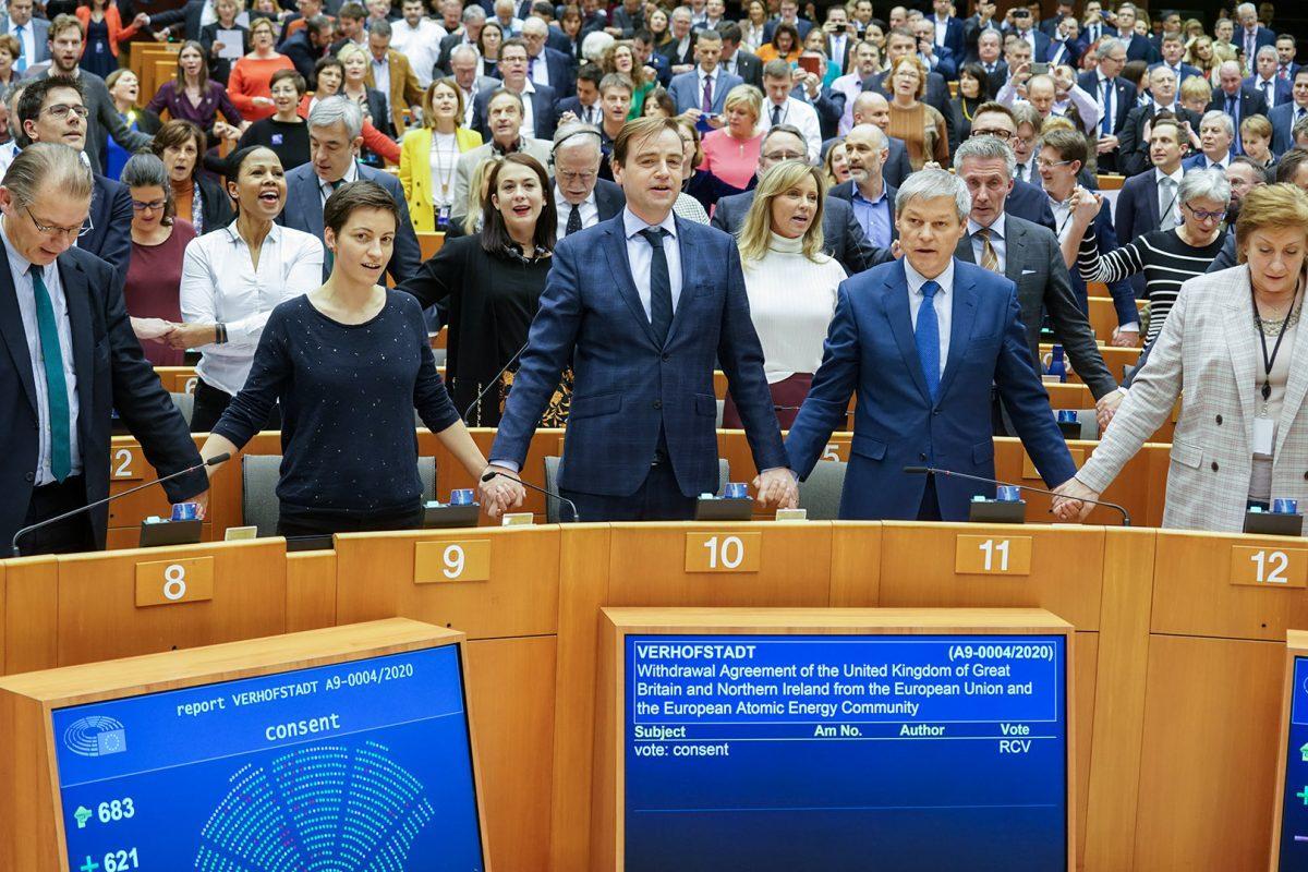 EU Parliament approves UK Brexit deal_40.1
