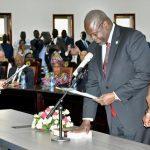 South Sudan rebel leader Riek Machar sworn in as vice president