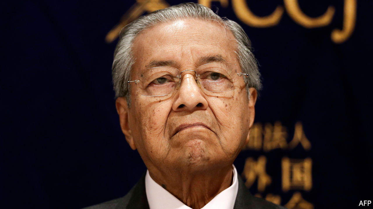 Malaysian Prime Minister Mahathir Mohamad resigns_40.1