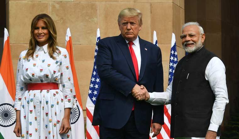 India & US sign defence deals worth $3 billion_40.1