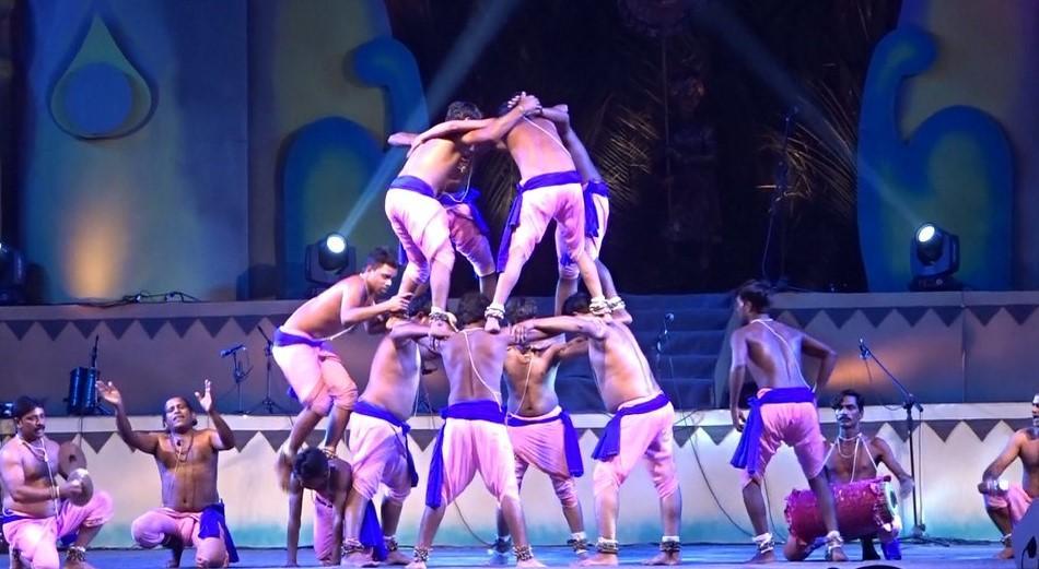 """Gandhinagar hosts cultural fair """"Vasantotsav"""" at Sanskruti Kunj_40.1"""