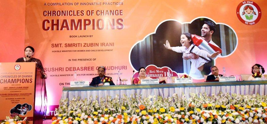 """""""Chronicles of Change Champions"""" book released by Smriti Irani_40.1"""