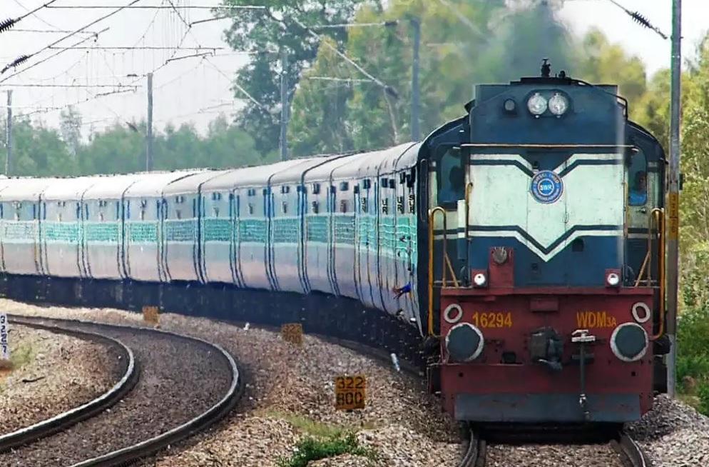 Northern Railways makes 1st prototype of hospital isolation coach_40.1