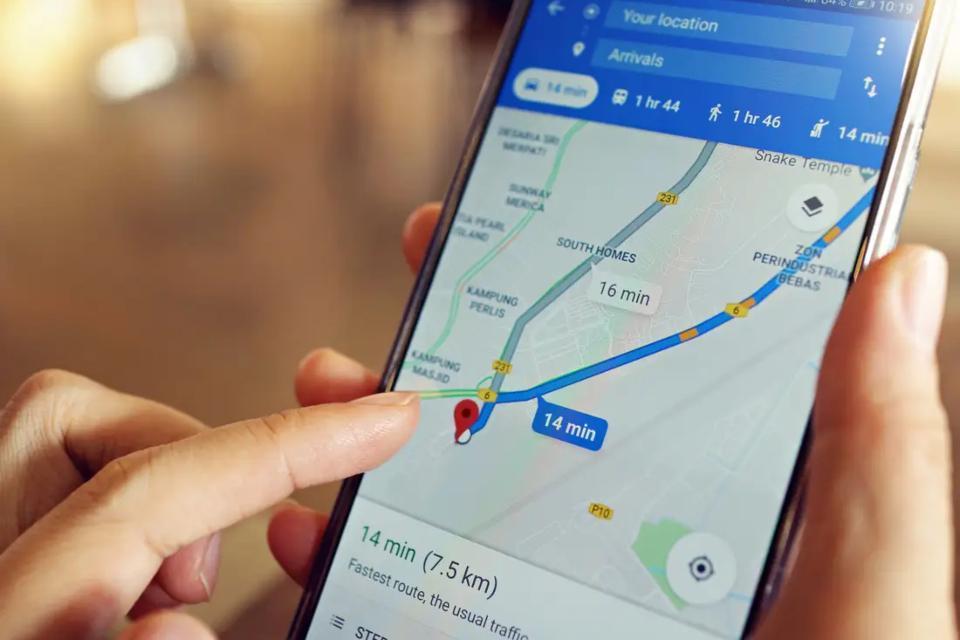 Karnataka government launches 'Corona Watch' app_40.1