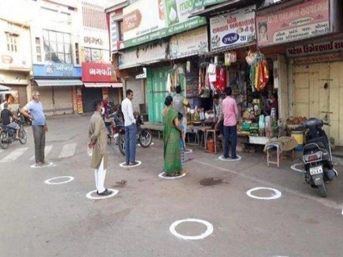 Centre plans to set up 'Suraksha Stores' to meet daily needs_40.1