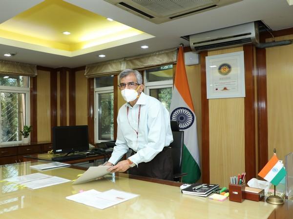 Indu Shekhar Chaturvedi takes charge as Secretary of MNRE_40.1