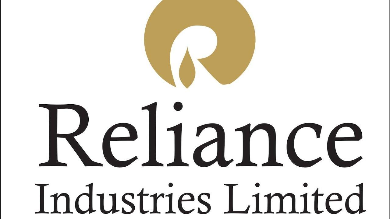 RIL rolls out WhatsApp chatbot to address rights issue queries_40.1