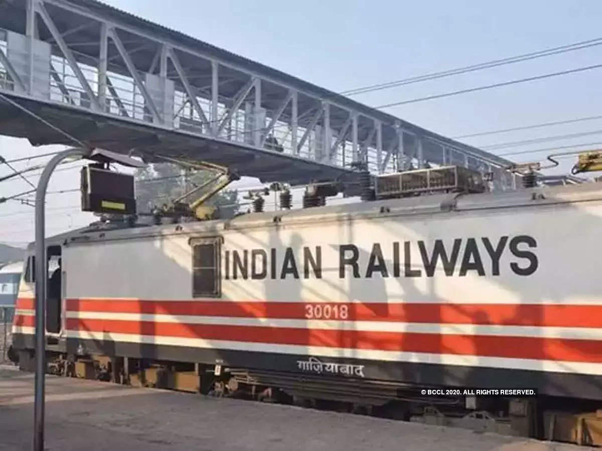Indian Railways commissions 1st high rise Over Head Equipment_40.1