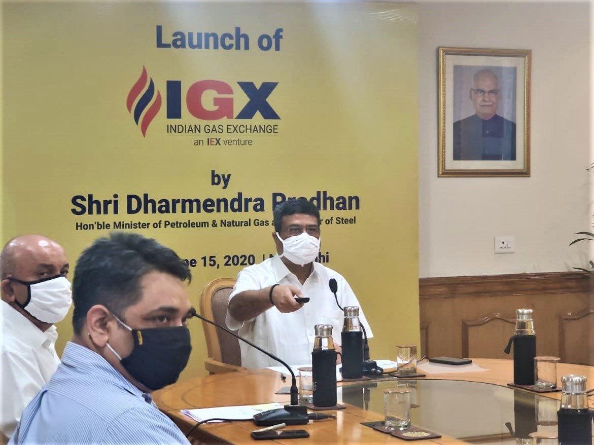 Dharmendra Pradhan launches Indian Gas Exchange_40.1