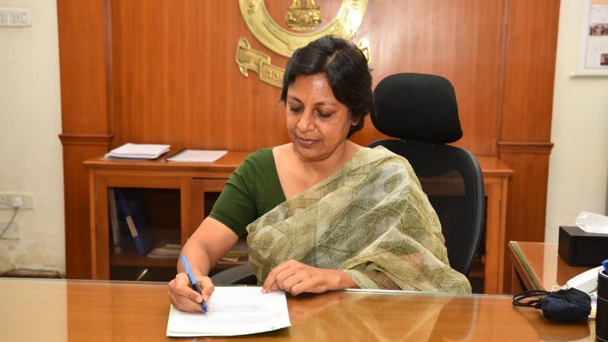 IAS Vini Mahajan becomes 1st woman chief secretary of Punjab_40.1