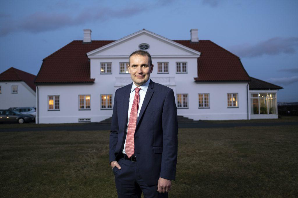 Gudni Th. Johannesson re-elected as President of Iceland_40.1