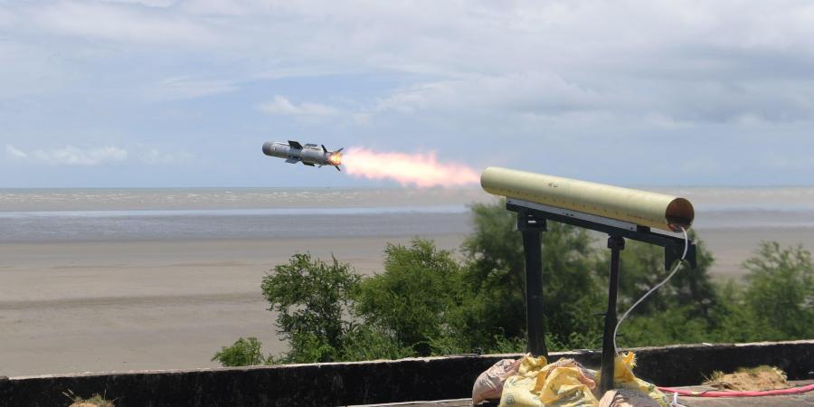 "India successfully tests fires ATGM ""Dhruvastra""_40.1"