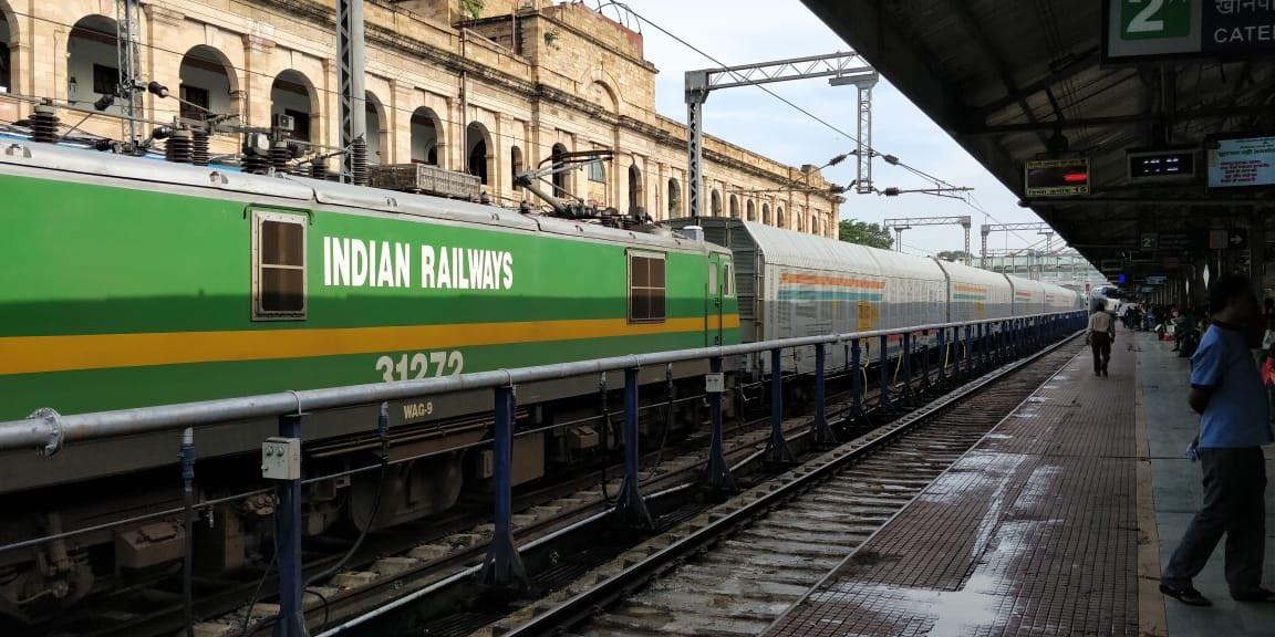 Indian Railways observes Cleanliness Week to mark Independence Day_40.1