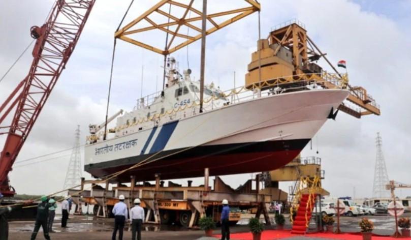 Indian Coast Guard launches Interceptor Boat 'ICGS C-454'_40.1