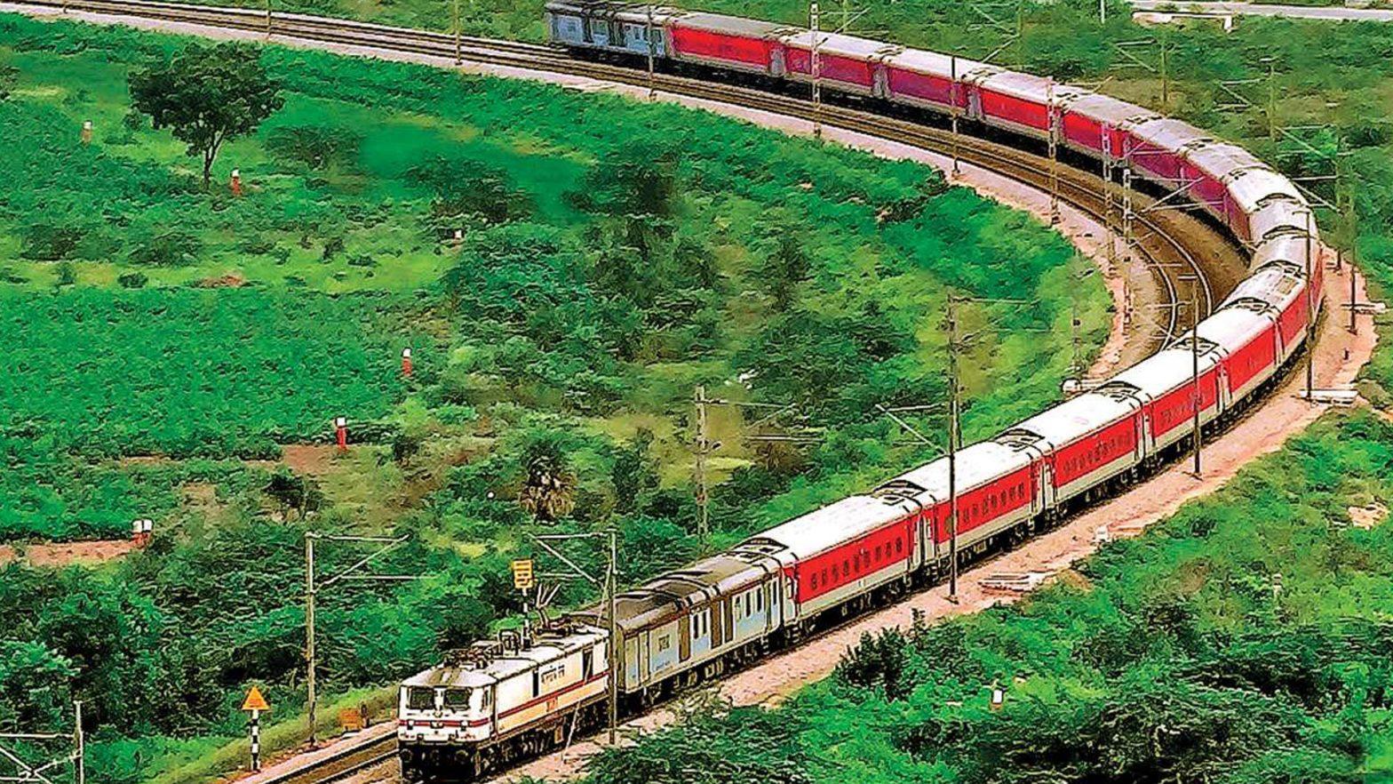 "Indian Railways observes ""Swachhta Pakhwara""_40.1"