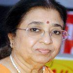 Usha Mangeshkar honoured with Lata Mangeshkar award 2020-21