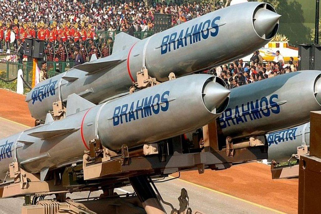 BrahMos Missile featuring Indigenous Booster successfully flight tested_40.1