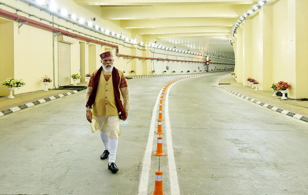 PM Modi dedicates Atal Tunnel to the nation_40.1