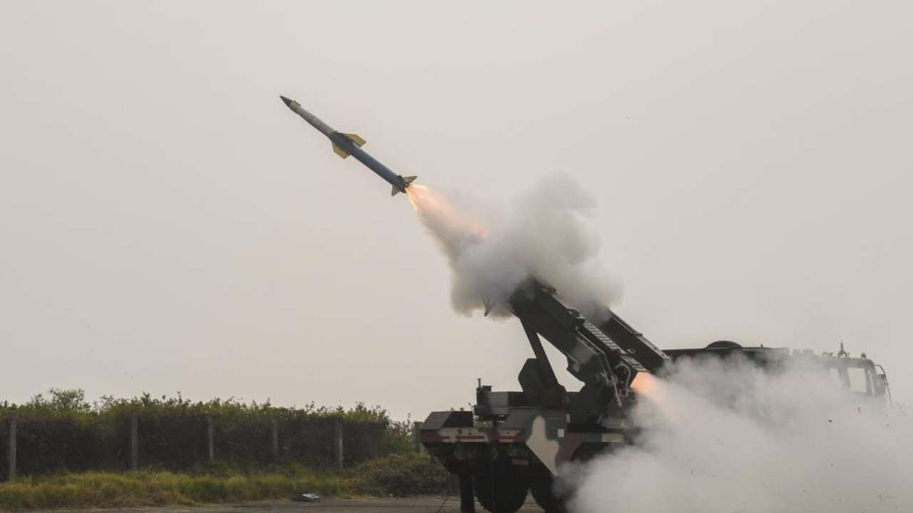 "India successfully test-fires ""Shaurya Missile"" from Odisha coast_40.1"
