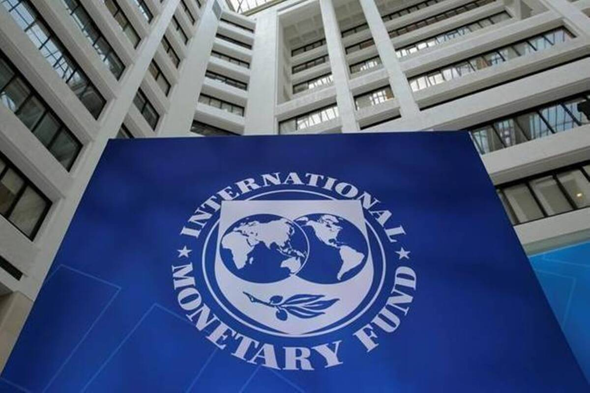 IMF projects India's GDP to contract 10.3% in 2020_40.1