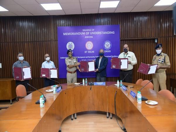 CRPF collaborates with IIT Delhi, DRDO, JATC to augment R&D capabilities_40.1