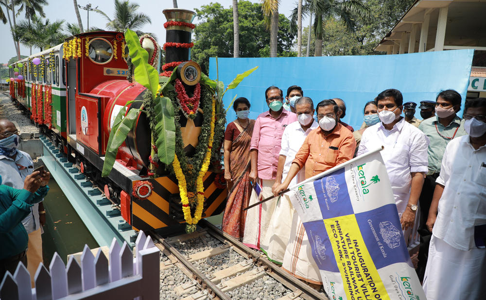 India's 1st solar-powered miniature train launched in Kerala_40.1