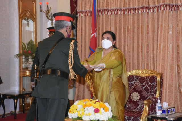 Indian Army chief made honorary General of Nepal Army_40.1