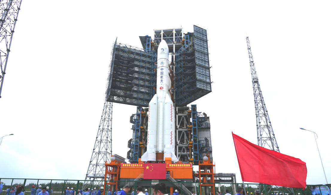"""China launches historic """"Chang'e-5"""" mission to Collect Lunar Samples_40.1"""