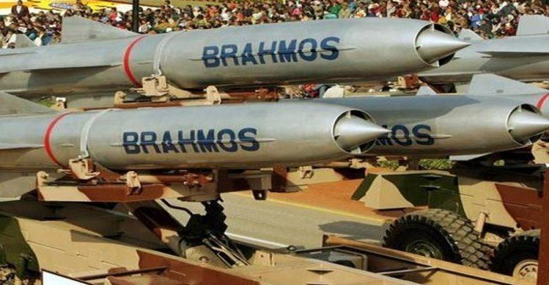 Indian Army successfully testfires Land-attack version of BrahMos missile_40.1