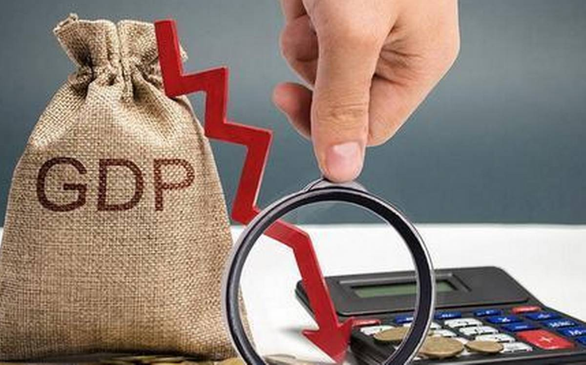 NCAER projects India's GDP to contract 7.3% in FY21_40.1
