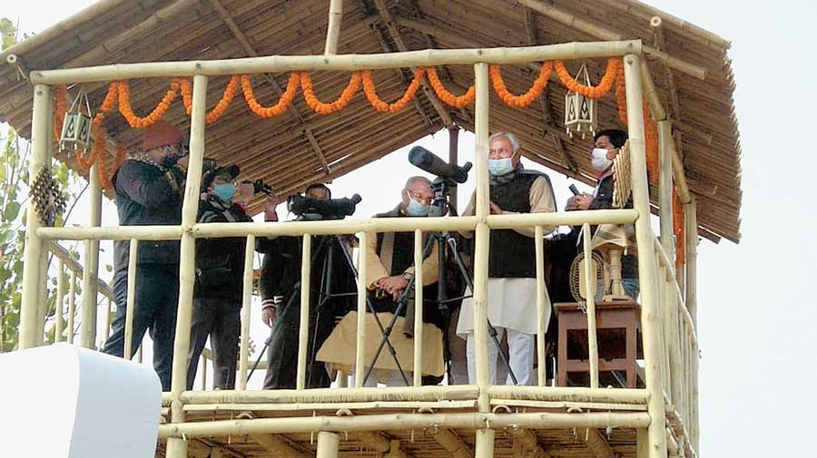 Nitish Kumar inaugurates state's first Bird Festival 'Kalrav'_40.1