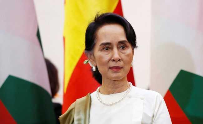 Aung San Suu Kyi detained as army grabs power in Myanmar_40.1