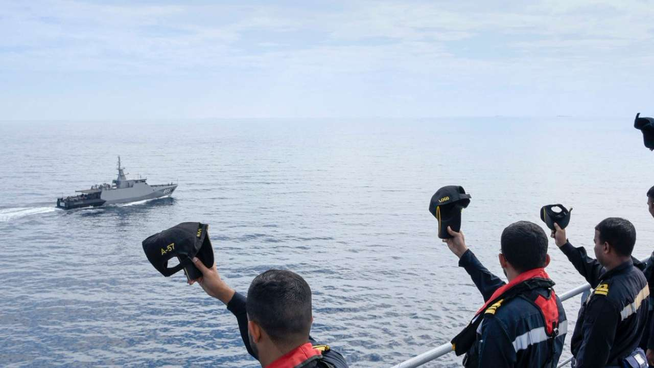 Indian And Indonesian Navies Conduct PASSEX Exercise_40.1