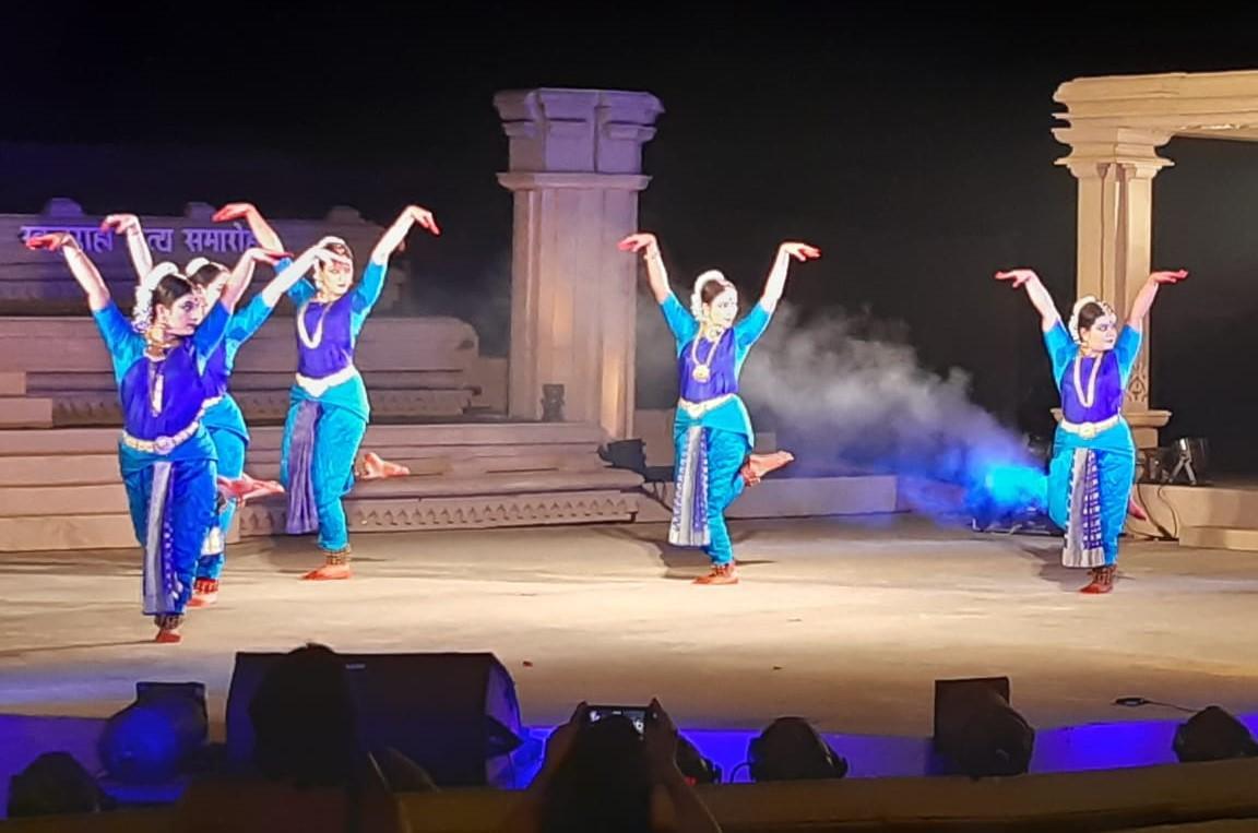 47th Khajuraho Dance Festival 2021 begins_40.1