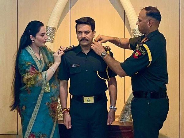Union Minister Anurag Thakur promoted as Captain in Territorial Army_40.1