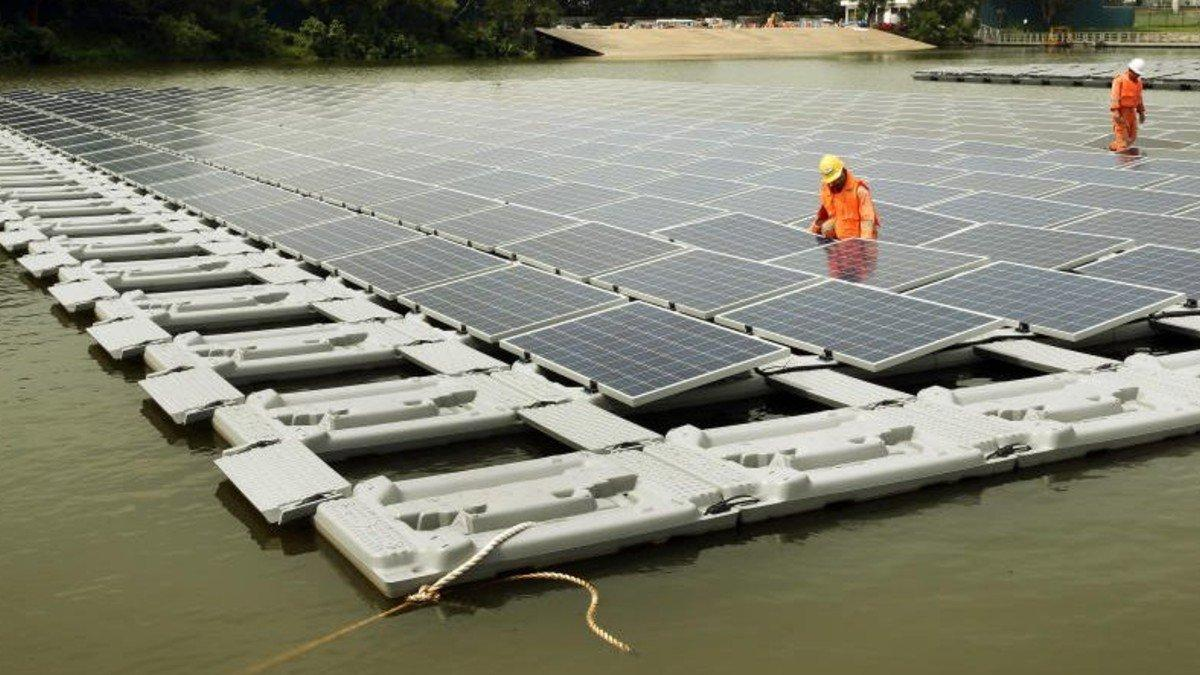 World's Largest Floating Solar Farms being built in Singapore_40.1