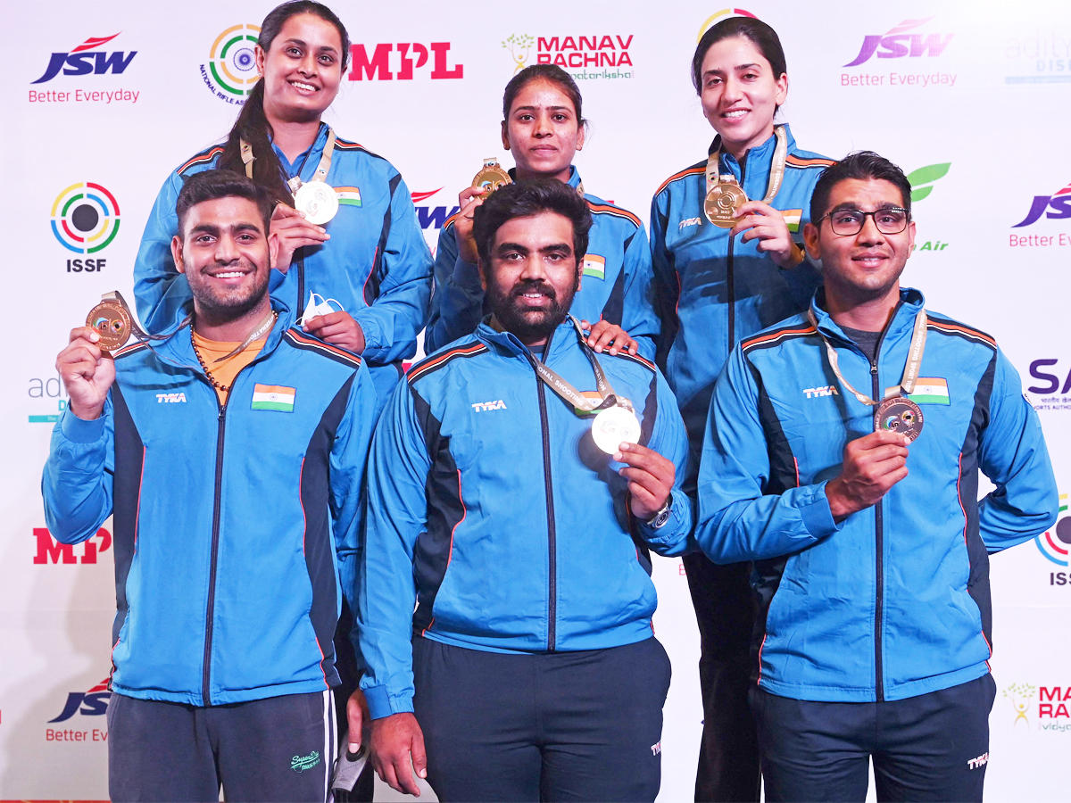 India Tops The Medals Tally With 15 Gold At Delhi Issf Shooting World Cup