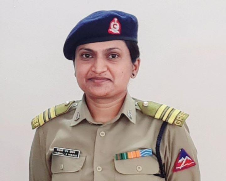 Vaishali Hiwase becomes 1st woman to be appointed officer commanding in BRO | প্রথম মহিলা বৈশালী হিওয়াস বিআরও-তে অফিসার কমান্ডিং নিযুক্ত হয়েছেন_40.1
