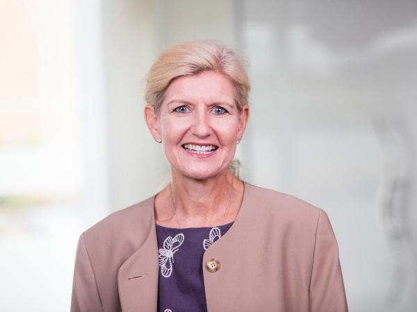 Debbie Hewitt appointed Football Association's first chairwoman | ডেবি হেউইটকে ফুটবল অ্যাসোসিয়েশনের প্রথম মহিলা চেয়ারম্যান হিসেবে নিয়োগ করা হল_40.1