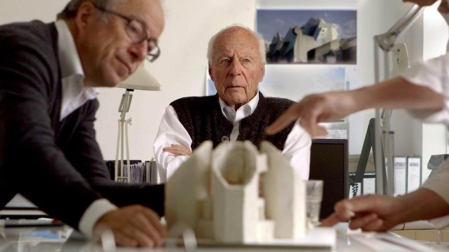 Pritzker Prize Laureate Gottfried Bohm Passes Away | प्रित्झकर पुरस्कार विजेते गॉटफ्राइड बोहम यांचे निधन_40.1
